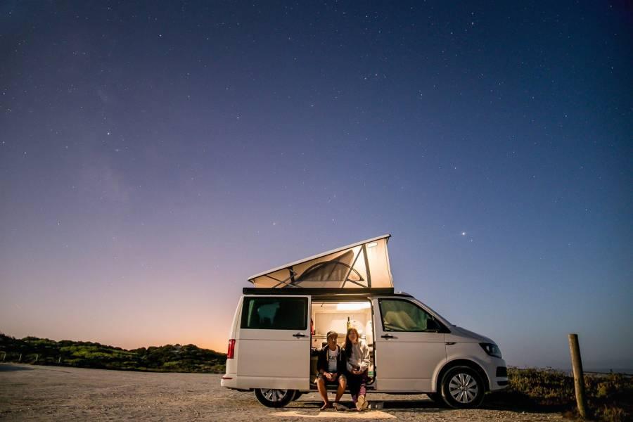 Explorer une région en van et camper chez l'habitant